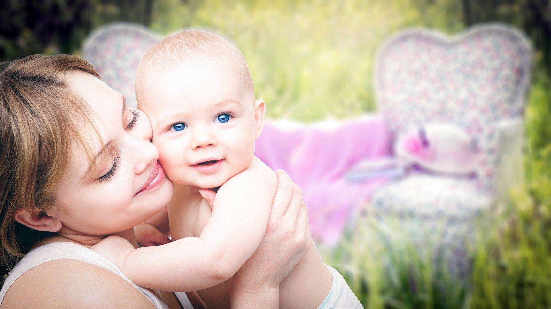 Bébé + Maman